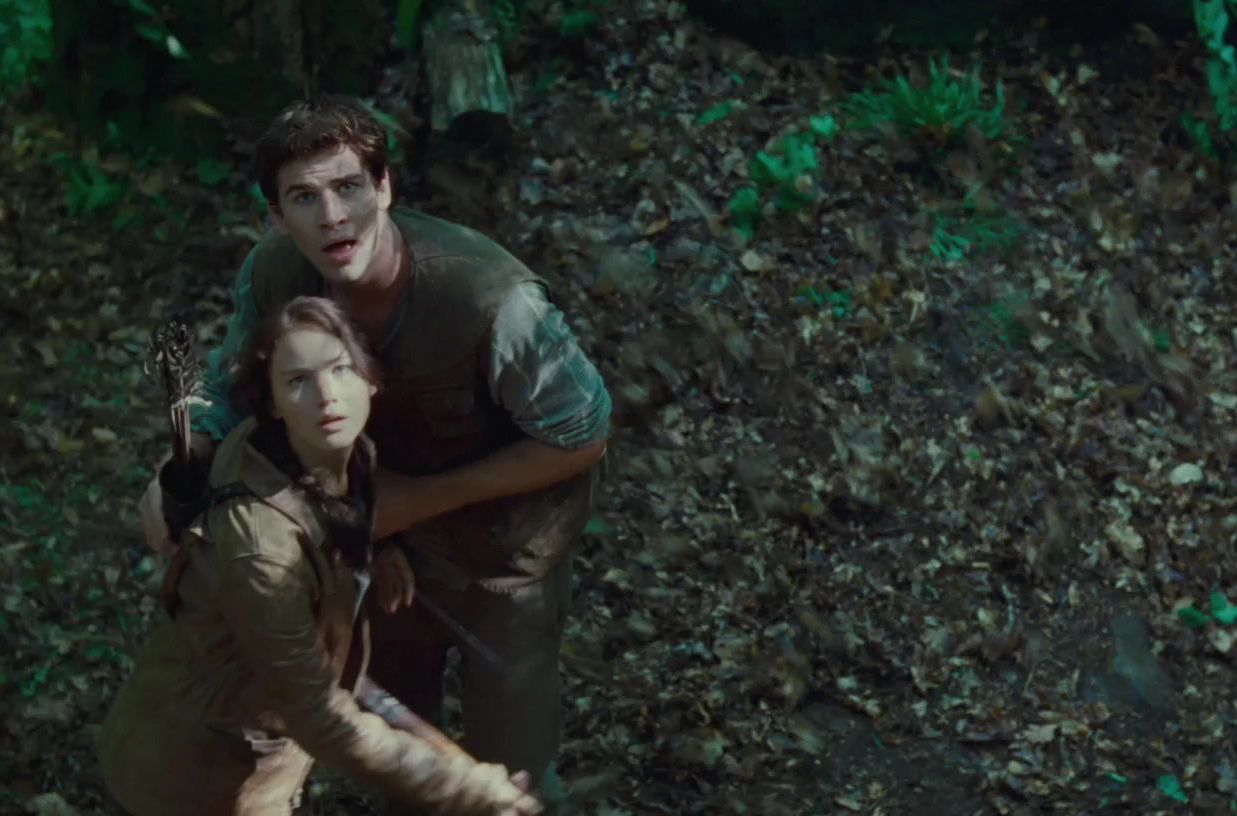 relationship between gale and katniss in the hunger games