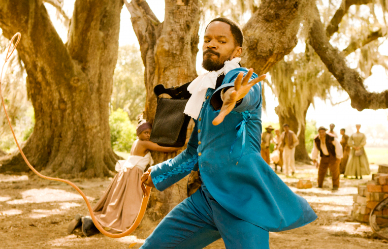 django-unchained-blue-suit-whip-jamie-foxx