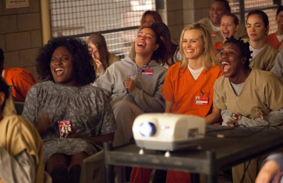 ORANGE-is-the-new-BLACK-taystee-crazy-eyes-piper