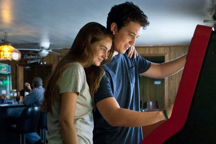 SPECTACULAR-now-jukebox-shailene-woodley-miles-teller