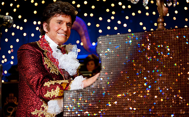 Behind-the-Candelabra-liberace