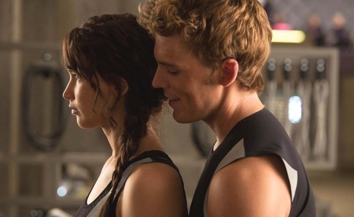 catching-fire-jennifer-lawrence-sam-claflin-sexy-katniss-finnick