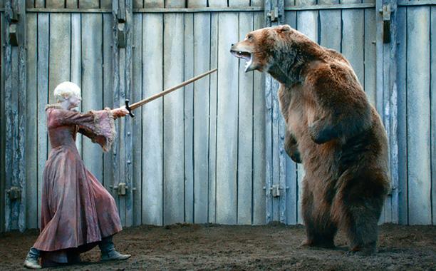 game-of-thrones-brienne-bear