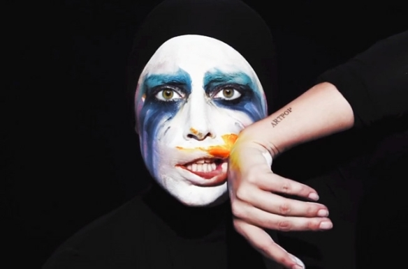 lady-gaga-applause-video-makeup