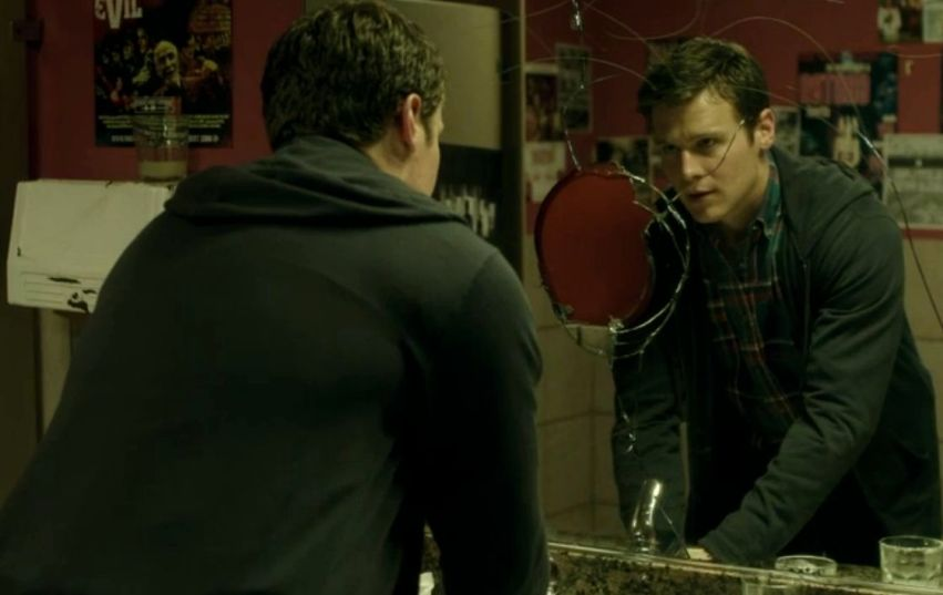 jonathan-groff-looking-hbo-bathroom-patrick-mirror
