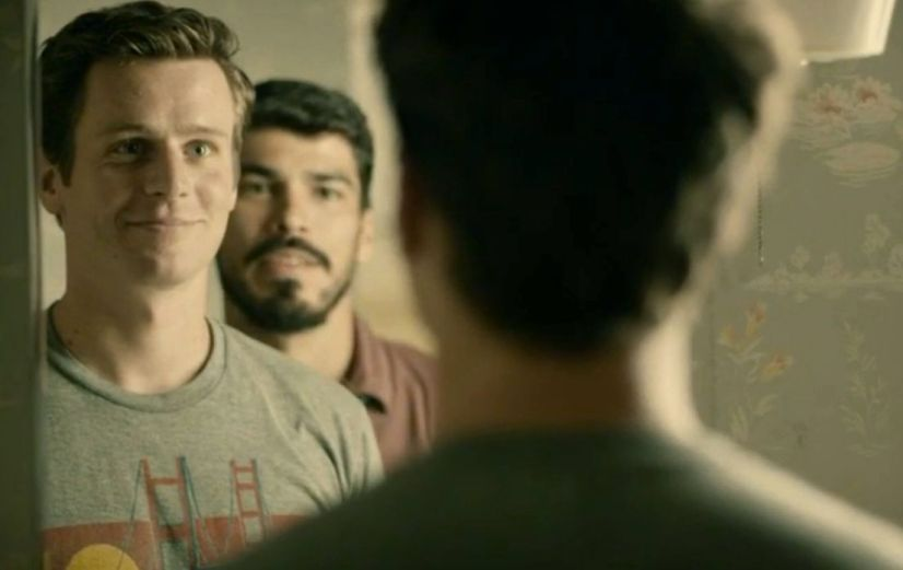 patrick-richie-boyfriends-looking-in-the-mirror-jonathan-groff-raul-castillo