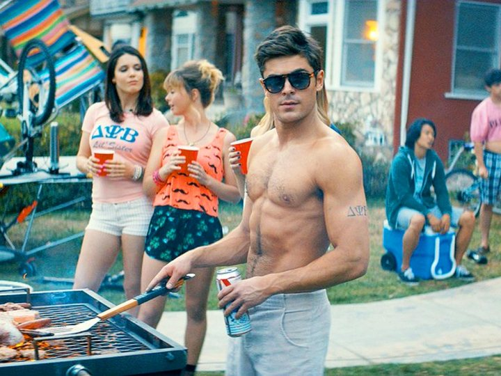 neighbors-zac-efron-shirtless