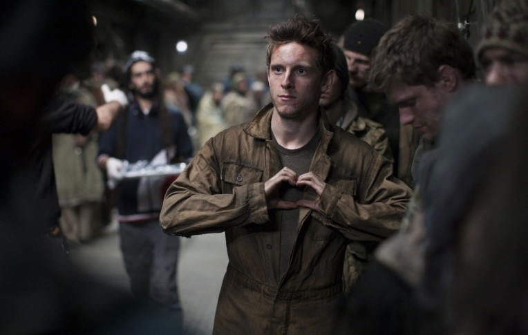 jamie-bell-snow-piercer-heart