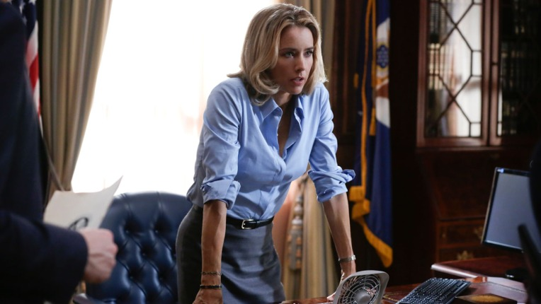 http://hardinthecity.files.wordpress.com/2014/10/madam_secretary_tea-leoni.jpg?w=764&h=430