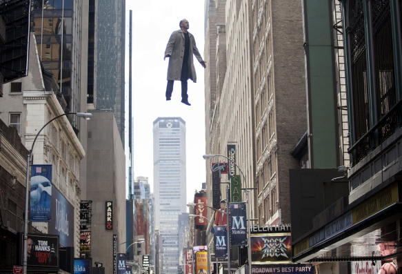 michael-keaton-flying-birdman