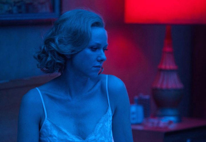 naomi-watts-nightgown-Birdman
