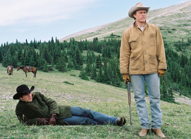 Jake Gyllenhaal and Heath Ledger in a scene from BROKEBACK MOUNTAIN, 2005.