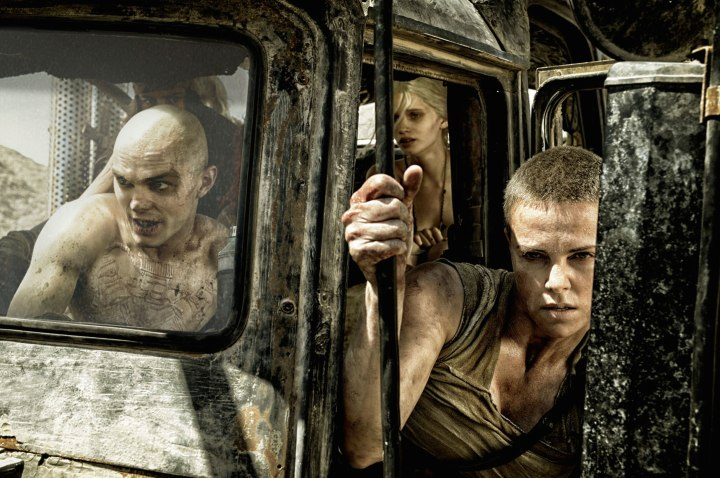 mad-max-fury-road-nicholas-hoult-charlize-theron-nux-imperator-furiosa