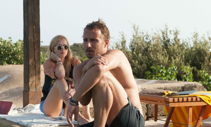 A-Bigger-Splash-matthias-schoenaerts-shirtless-dakota-johnson
