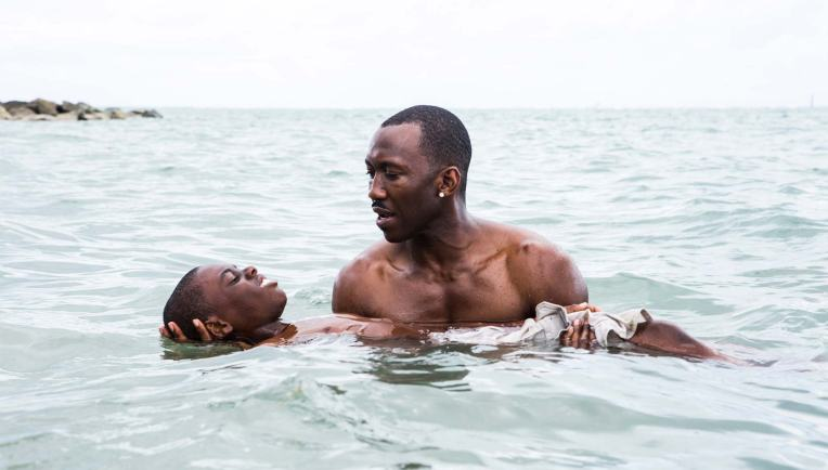 moonlight-mahershala-ali-alex-hibbert-miami-baptism-water