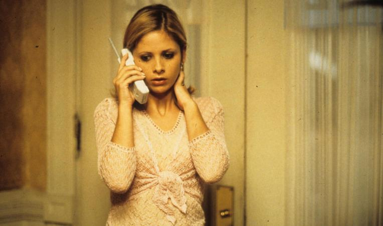 sarah-michelle-gellar-scream-2-cici-omega-beta-zeta