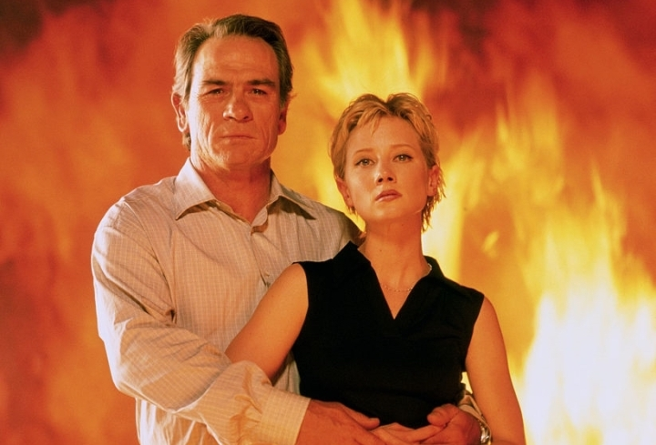 tommy-lee-jones-anne-heche-volcano-still