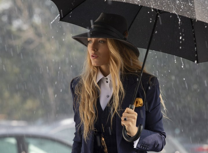 blake-lively-simple-favor-rain-umbrella.jpg