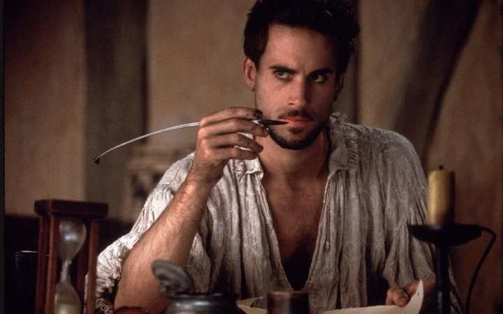 joseph-fiennes-shakespeare-in-love.jpeg