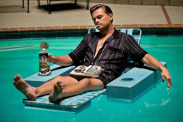 once-upon-a-time-in-hollywood-pool-leonardo-dicaprio.jpg
