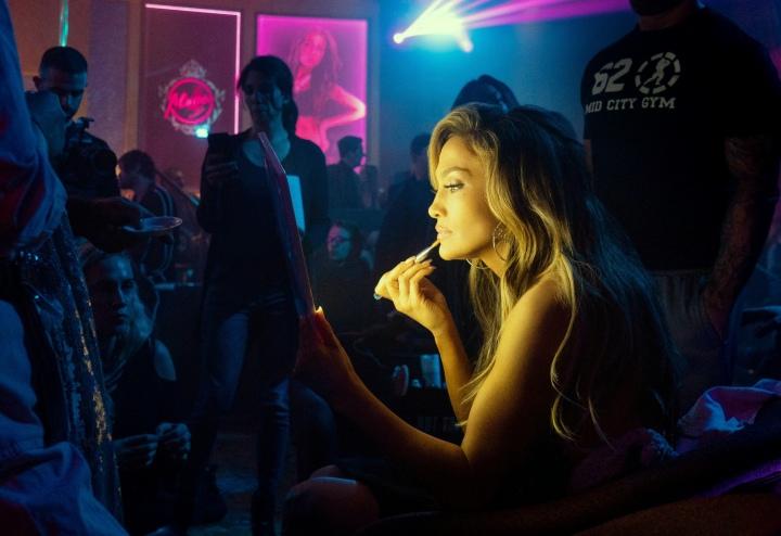 Jennifer-Lopez-Hustlers.jpg
